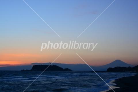 4840973 江の島と富士山