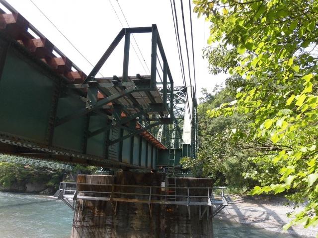 遠山川橋りょう (2)