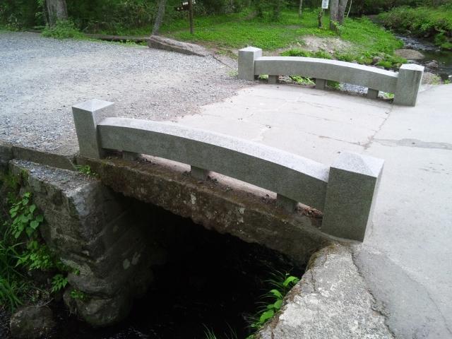 奥社の参道橋 (5)