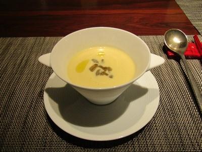 s-じゅんさい入り洋風冷製コーンスープ