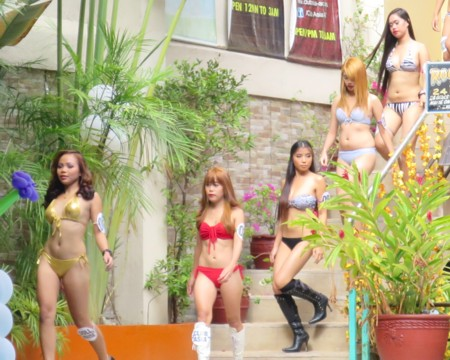 swimsuit contest022517 (10)