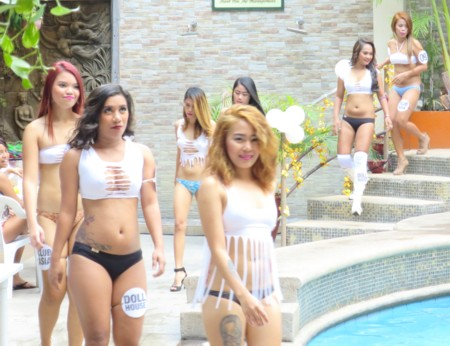 swimsuit contest032517 (24)