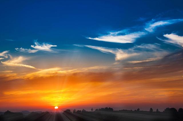 sunset-1626515_640.jpg