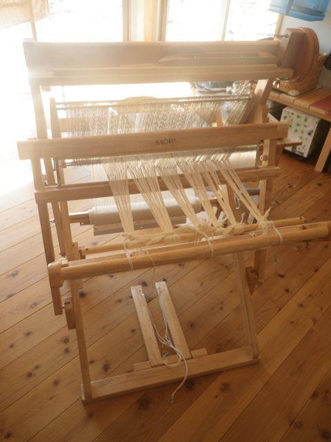 10歳の整経・織り機