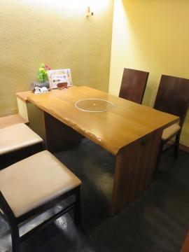 二階テーブル席
