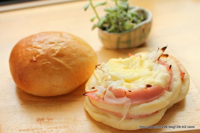 17.03.09総菜パン1