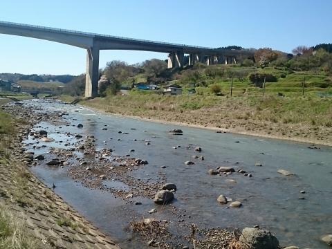 名立川上流方向