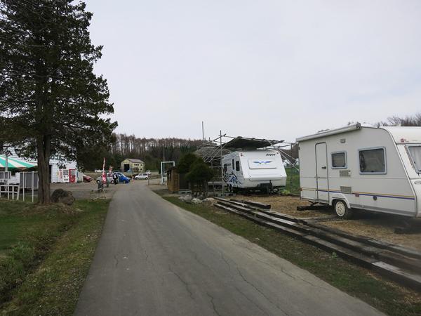 ファミリーパークゴルフ追分キャンプ場 キャンピングトレーラー