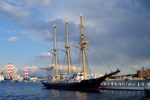 26臨港パーク帆船