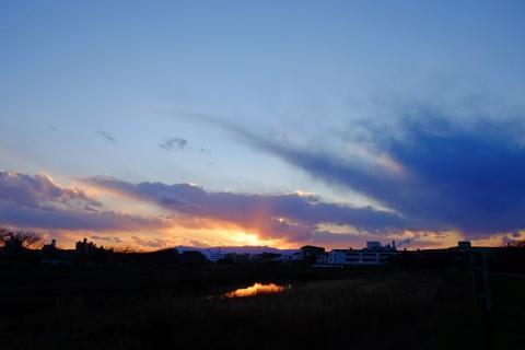 39鶴見川の日没