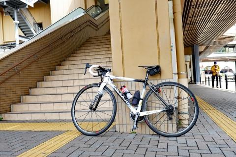 01箱根湯本駅
