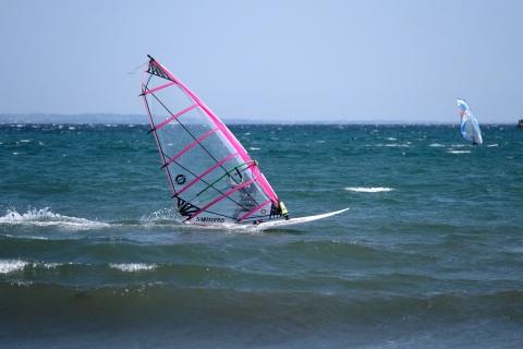 13江の島東浜ウインドサーファー