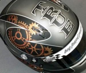 helmet84c.jpg