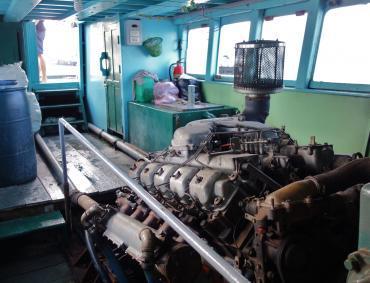V10エンジン