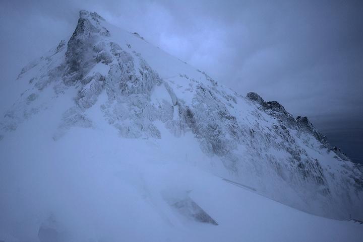 170427 風雪の朝
