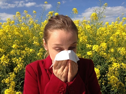 アレルギーの女性
