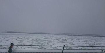 ウトロ流氷
