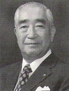 C6OYRVJU8AArB2I戦後臣籍降下した竹田恒徳氏
