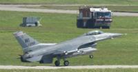 -60NGfh9嘉手納にF16が8機飛来