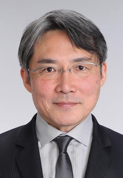 山田健太先生430x621