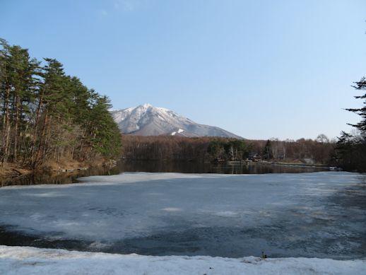 春らしく 飯綱湖
