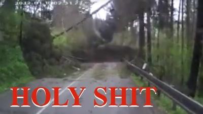 【衝撃!】突然の地滑りに遭遇した瞬間の映像・・・・・映画みたい!