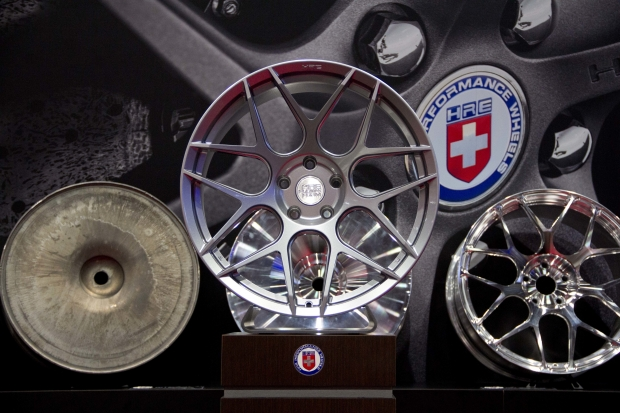 hre-wheels-new-flowform-series-mesh-wheel.jpg