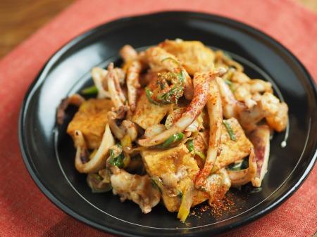 ゲソと豆腐のマヨしょう油炒め32