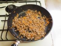 キャベツと合い挽き肉の焼飯12