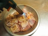 炙り鶏肉と豚バラのキムチ鍋12