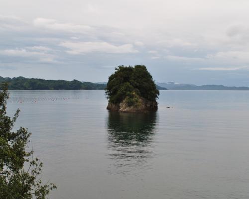 満潮時の長浦島