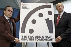 世界終末時計残り2分半