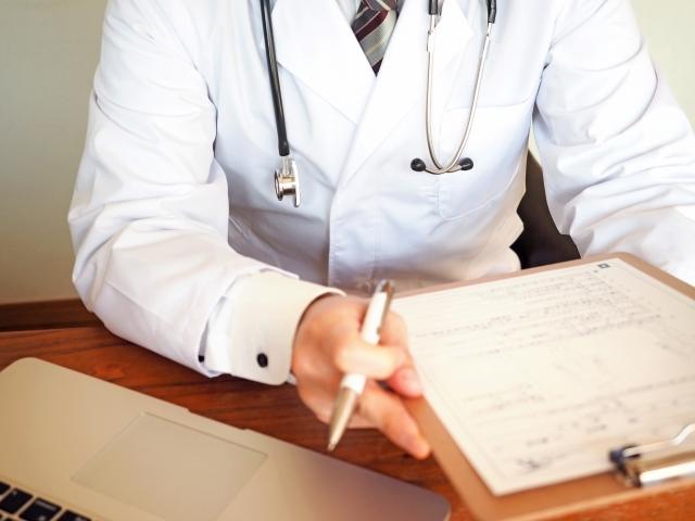 健康診断 医師