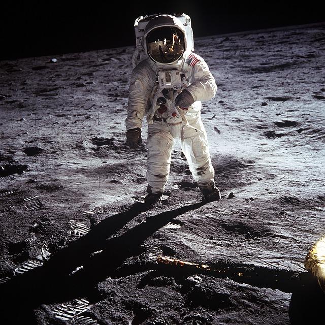 moon-landing-60582_640.jpg