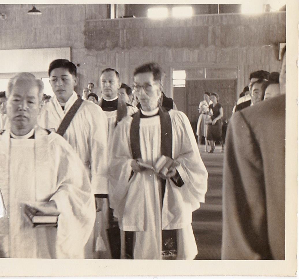 神戸ミカエル教会 司祭按手式2