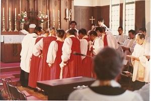 聖マツテヤ教会 主教按手式 1
