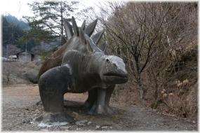 170312E 011恐竜32