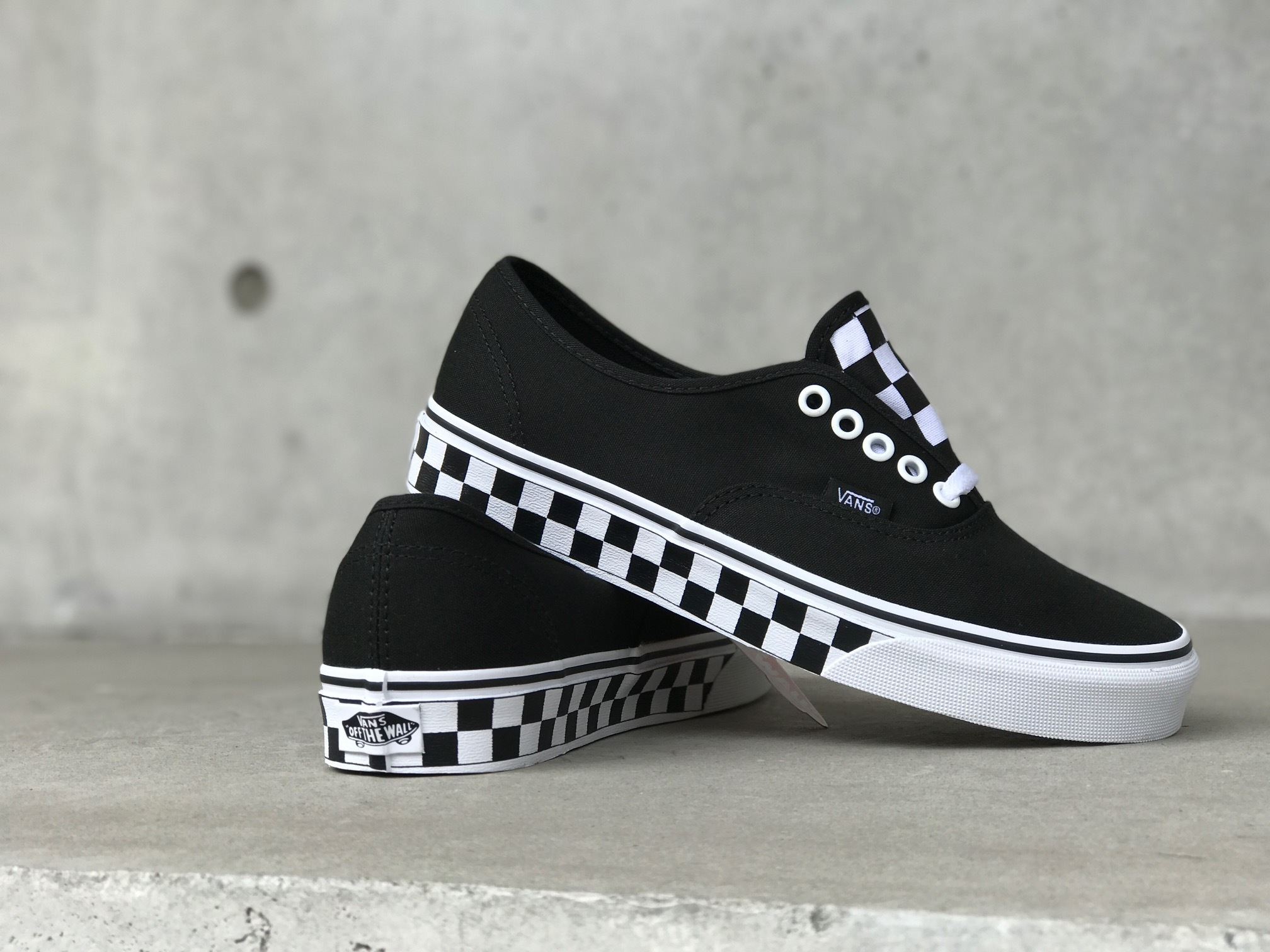 vans-authentic_checkertape.jpg