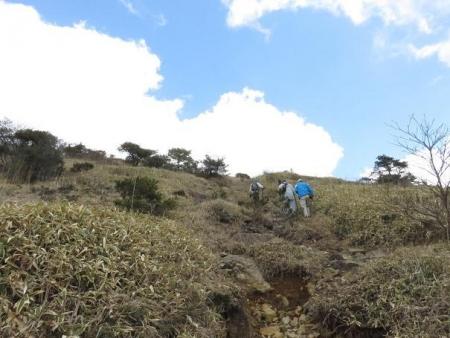 牛尾天山に登る 098