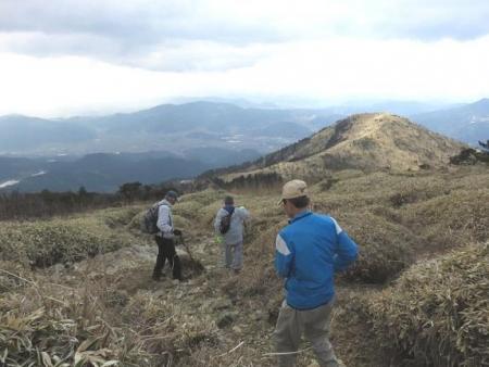 牛尾天山に登る 127