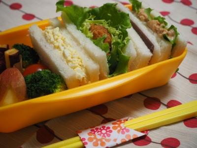 M_studiomimosa弁当と箸おき