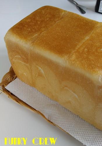 食パン 3