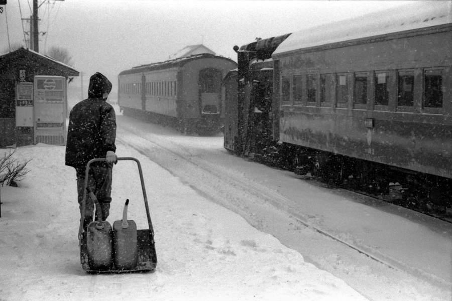 津軽鉄道 五所川原駅ホーム4 1984年1月 X970 AdobeRGB 16bit 原版take1b