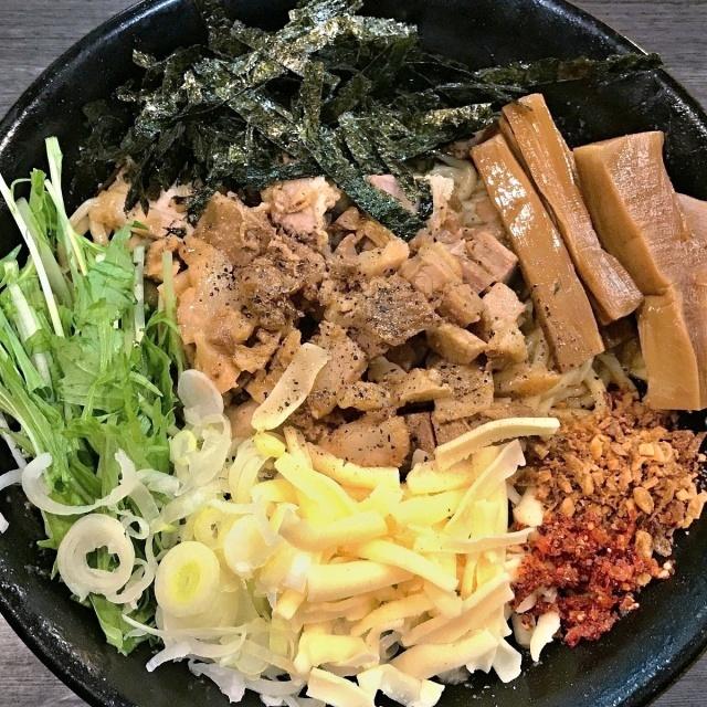 ラーメンつけ麺 奔放 (7)