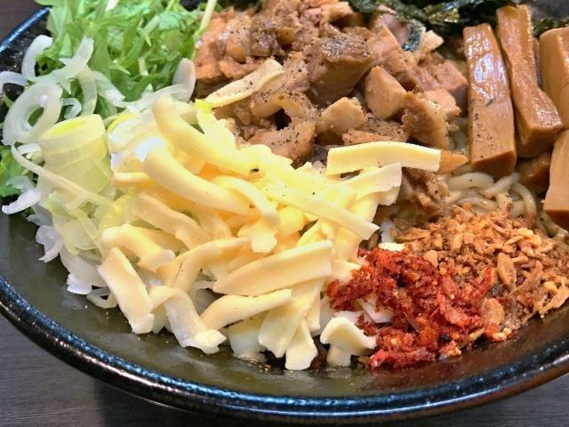 ラーメンつけ麺 奔放 (8)