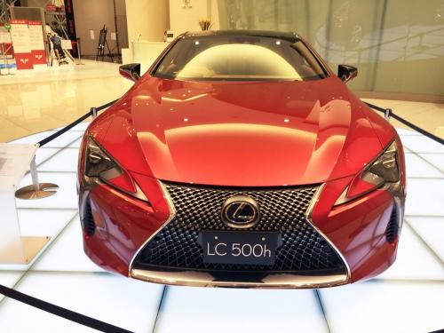 2017-02-09_Lexus-LC500h_02
