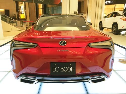 2017-02-09_Lexus-LC500h_03