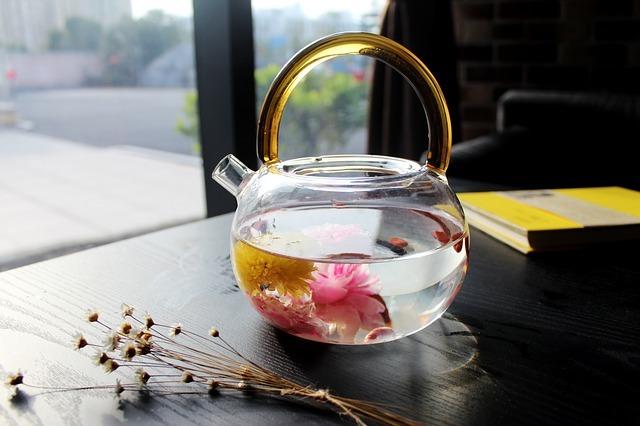tea-rose-corolla-1871837_640.jpg