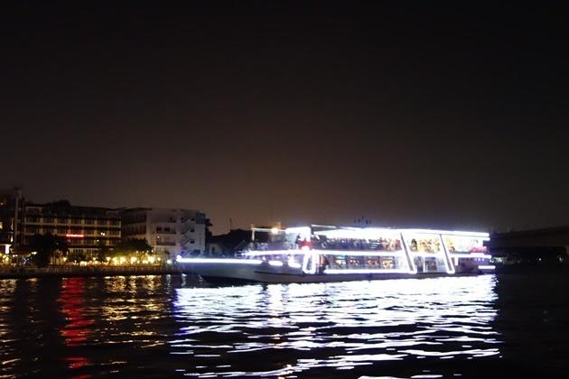 シャトルボート4