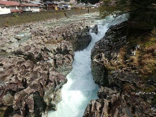 040804滝の拝